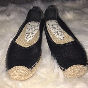 Dolce Vita Taya Black Leather Espadrilles